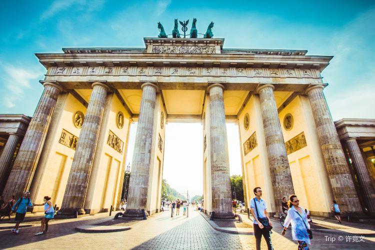 勃蘭登堡門和巴黎廣場4