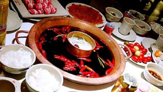 吳銘懷舊火鍋(鴻通城店)