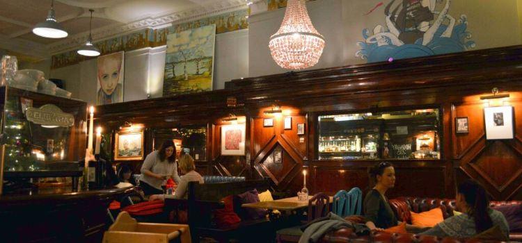 Nobles Cafe Bar & Restaurant3