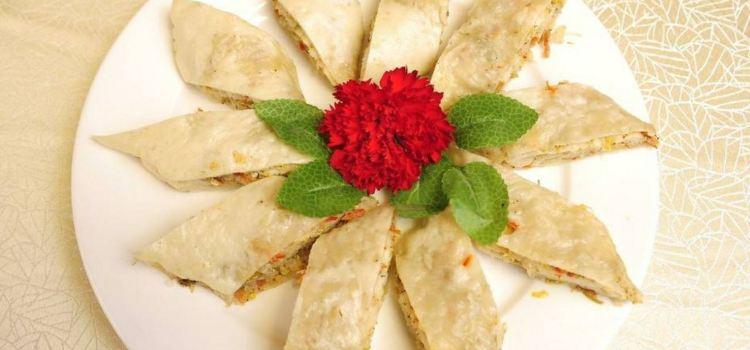 賽裡木湖品味酉域餐廳1