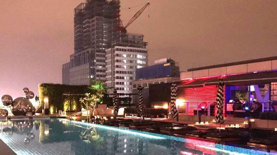 台北W酒店(紫豔酒吧)