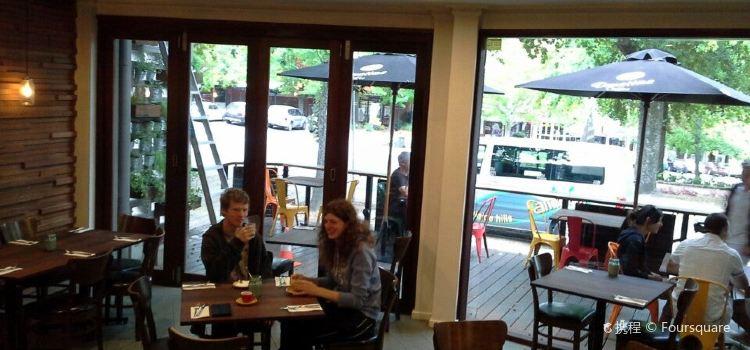 Miss Perez Kitchen and Bar1