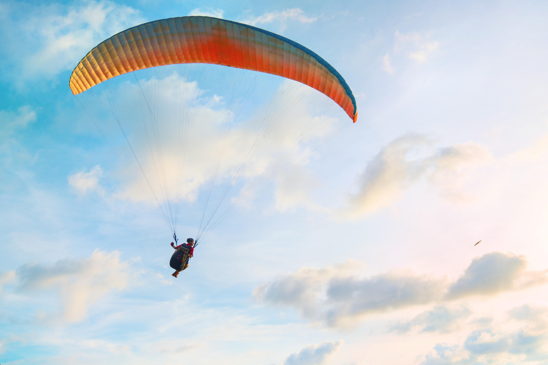 費特希耶滑翔傘