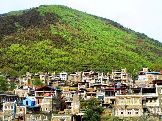 Xisuo Village