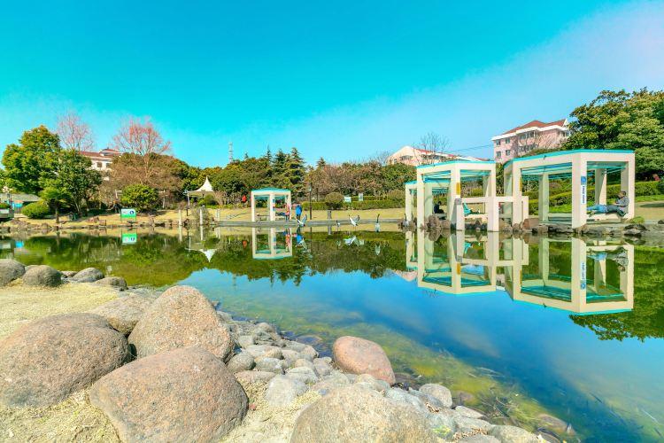 Ziwei Park (North Gate)1