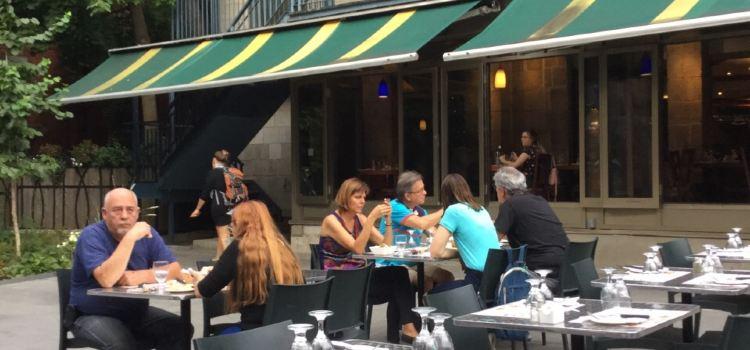 Casa Galicia Restaurant1
