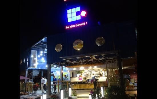Cube Cafe2
