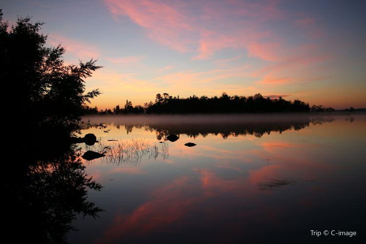 Inari Lake3