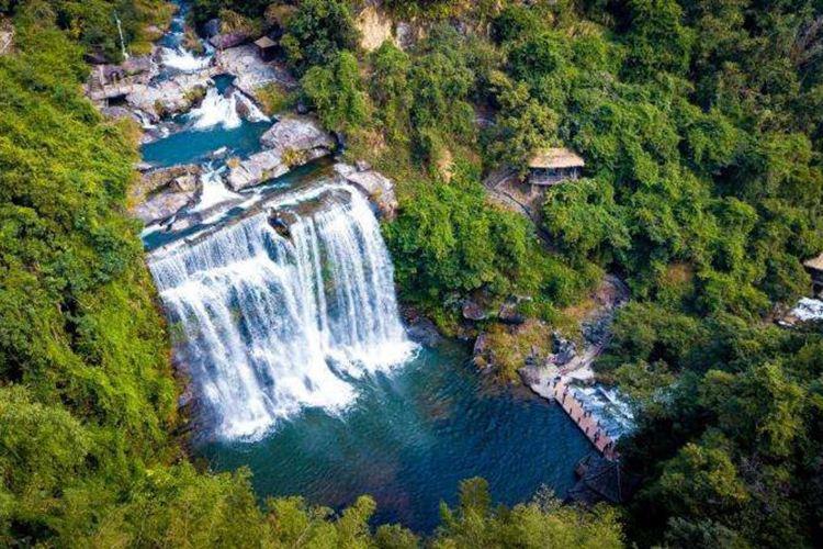 Huang Manzhai Waterfall4