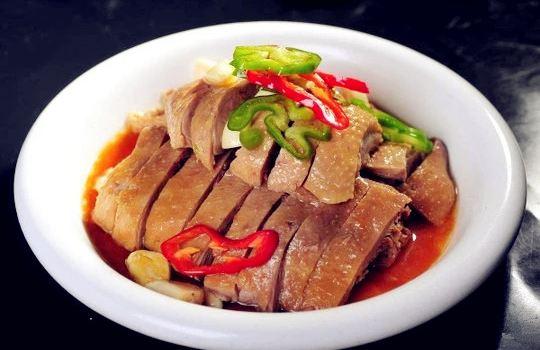 Hei Yu Guo Wo Jia Suan Cai Yu ( Mo Er Square )1
