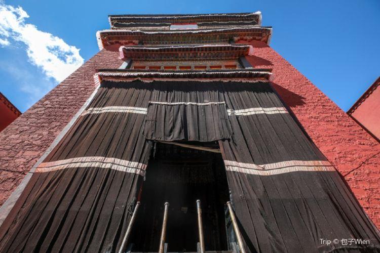 大彌勒殿1