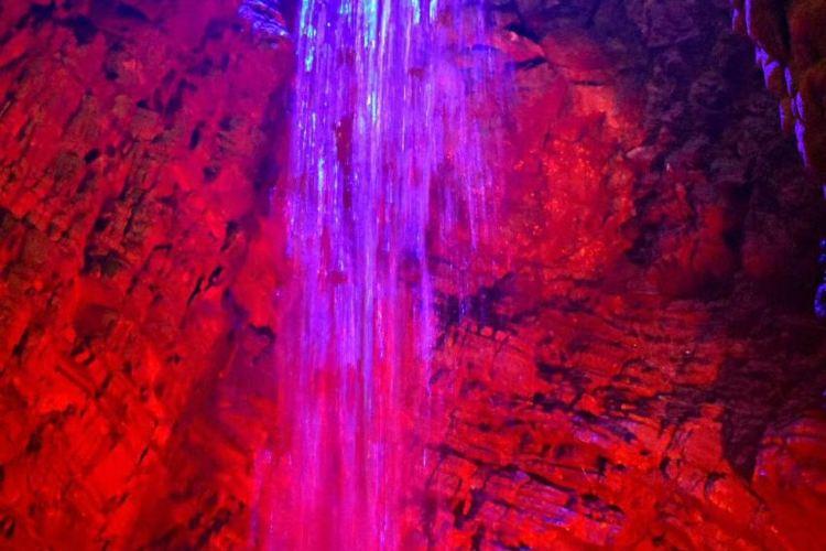 Longtan Cave3