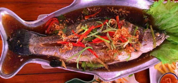 Thai Thai Restaurant1