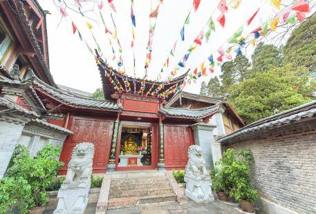 白馬龍潭寺