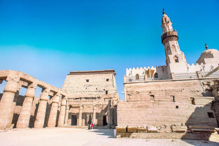 哈加格清真寺