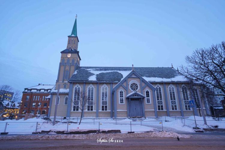 Elverhoy kirke3