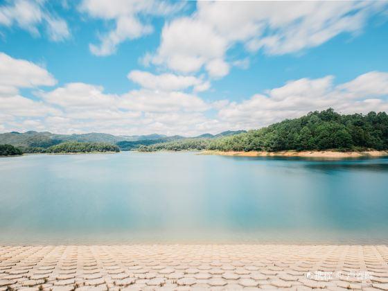 擺龍湖景區(紅旗水庫)