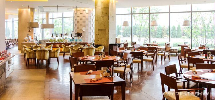 Tianjin Shangri-La Hotel Buffet1