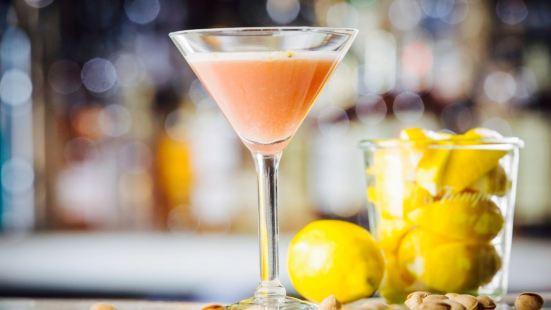 Tesori Trattoria & Bar
