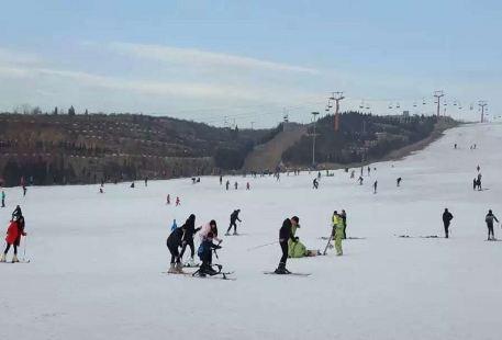 九龍國際滑雪場