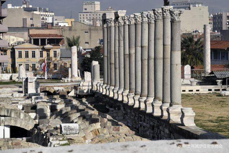 Ataturk Monument2