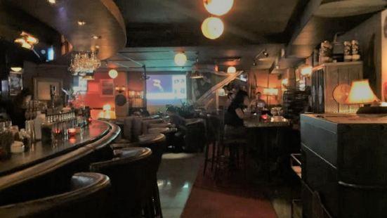 PREM1ER Bar&Tasting Room
