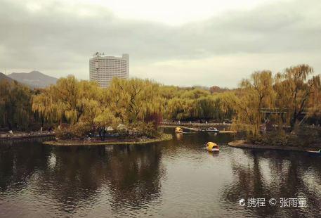 Quancheng Park