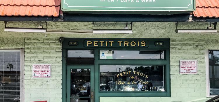 Petit Trois1