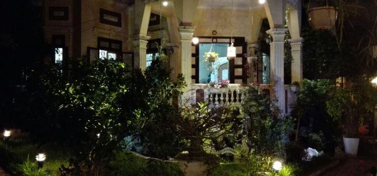Secret Garden Cafe2