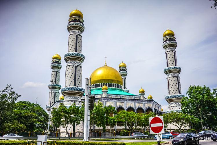 Jame' Asr Hassanil Bolkiah Mosque4