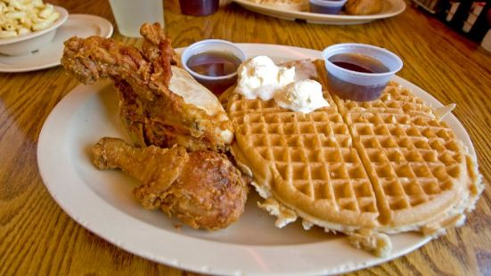 Roscoe's House of Chicken & Waffles (Hollywood)