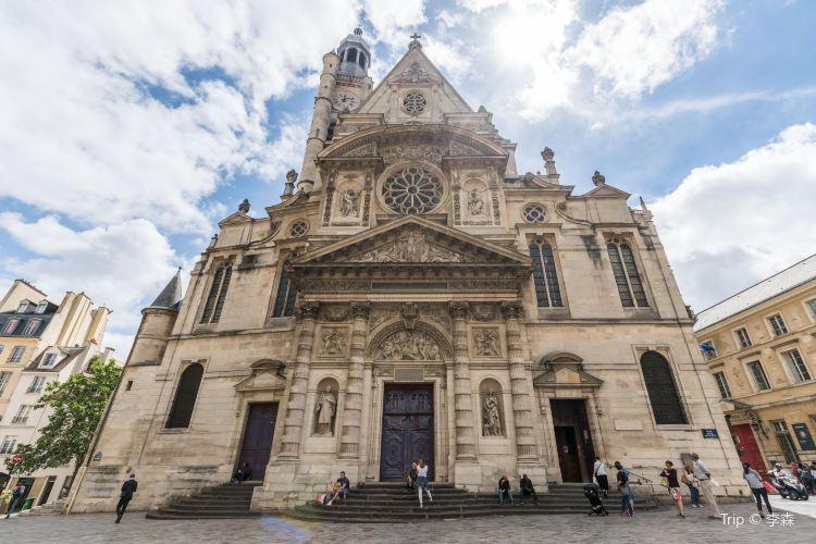聖耶戔納迪蒙教堂