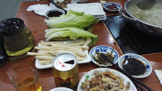 百味雞煲(金城路店)