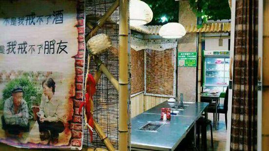 瘋狂烤翅(萬桂山路店)