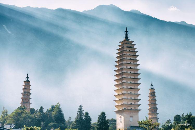 Three Pagodas of Chongsheng Temple Cultural Tourism Area2