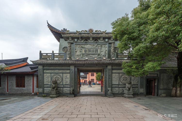 Dongqian Lake Xiaoputuo3