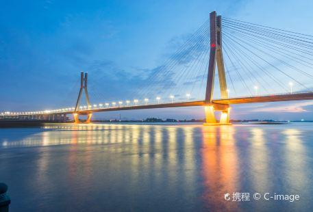 Runyang Yangtze River Bridge