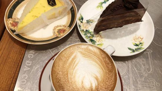 蜂大咖啡(成都路店)