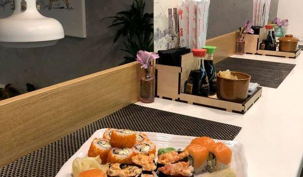 Sushi Bar Takeshi1