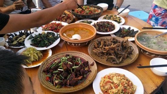 飛躍農莊菜館