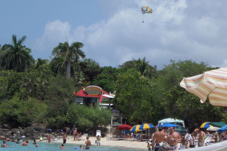 Bolongo Bay Beach
