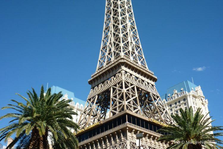 The Eiffel Tower (Las Vegas)2