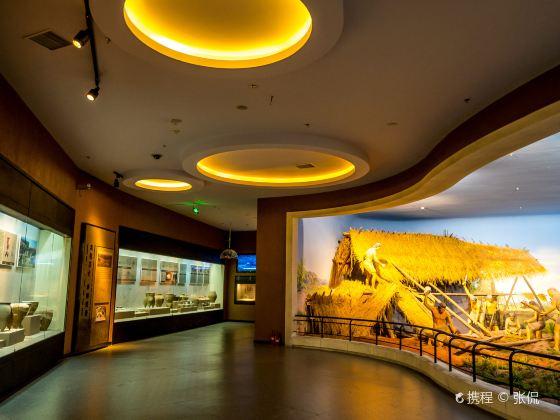鄂爾多斯博物館