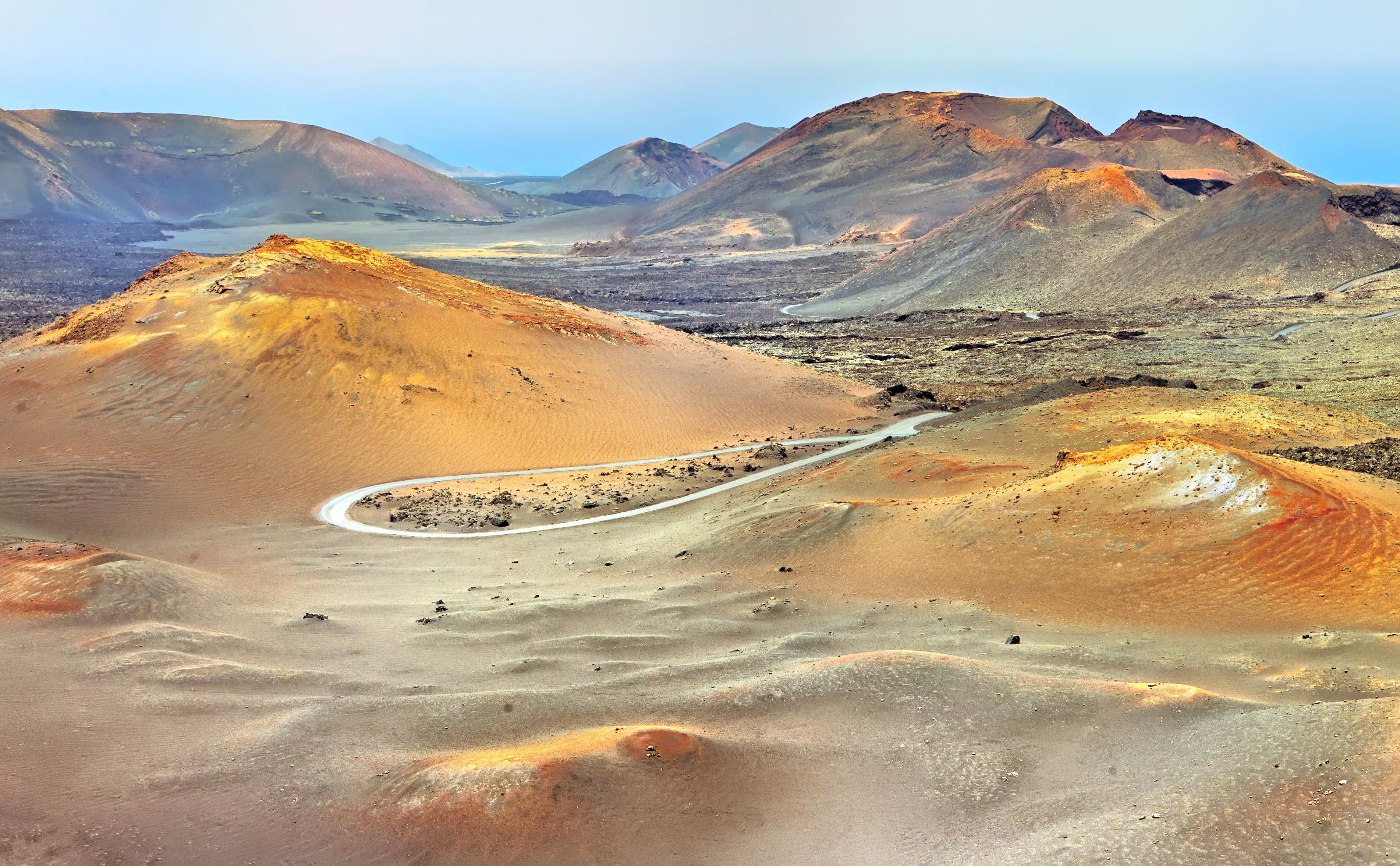 蘭索羅特島火山公園