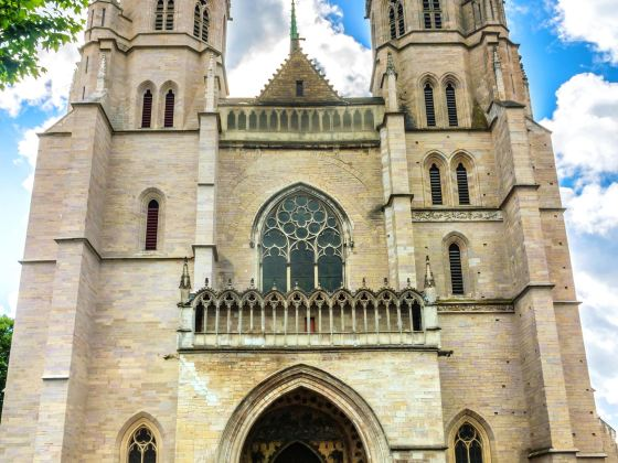 聖貝尼涅大教堂