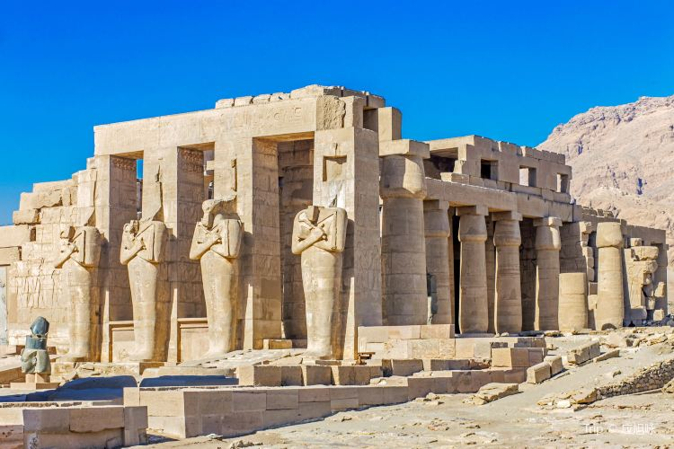 Ramesseum (Mortuary Temple of Ramses II)4