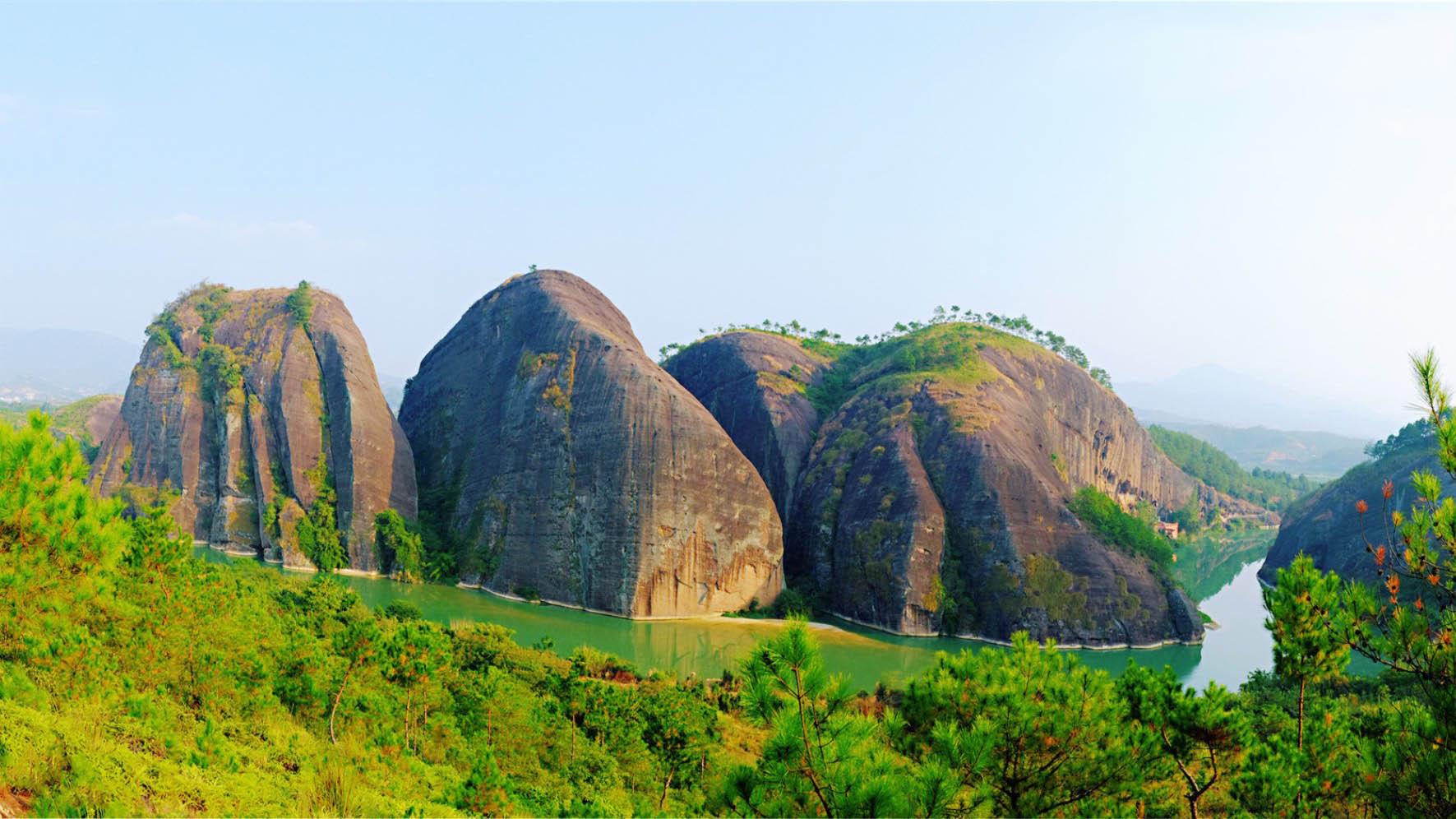 青龍岩風景區