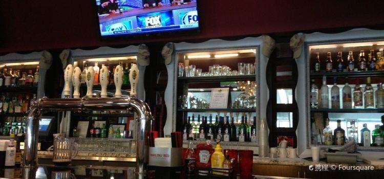 Village Pub & Grill2