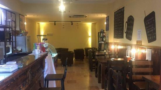 尼西咖啡館