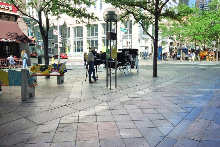 第十六街購物中心2